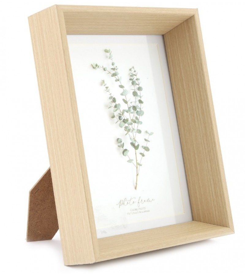 """Wooden Photo Frame with Mount 5"""" x 7"""""""