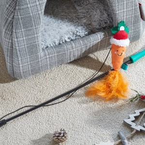 Christmas Nip-it Santa Carrot Tickle Stick