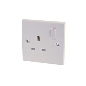 Dencon 13A Single Switch Socket White