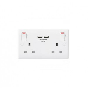 British General 13A 2 Gang Switch Socket With 2 3A USB Chargers