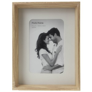 "Wooden Picture Frame (4"" x 6"")"
